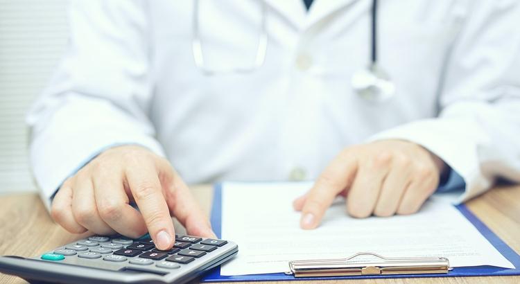 Saiba tudo sobre declaração de imposto de renda para médicos
